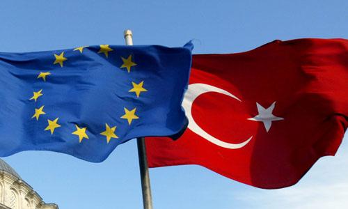 مہاجرین کی آمد روکنے کے لیے یورپ سرگرم، ترکی کو بھاری امداد کی پیشکش