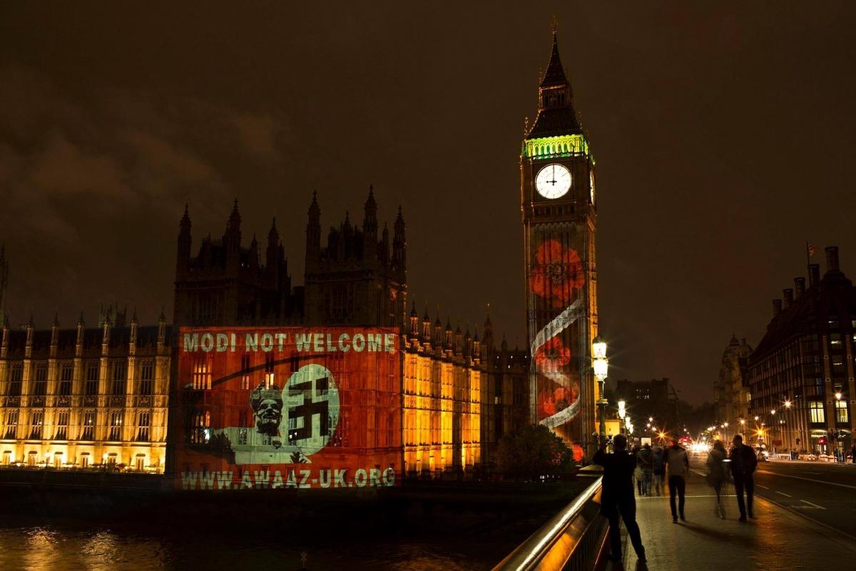 نریندر مودی کے خلاف لندن میں مظاہرین کا زبردست احتجاج
