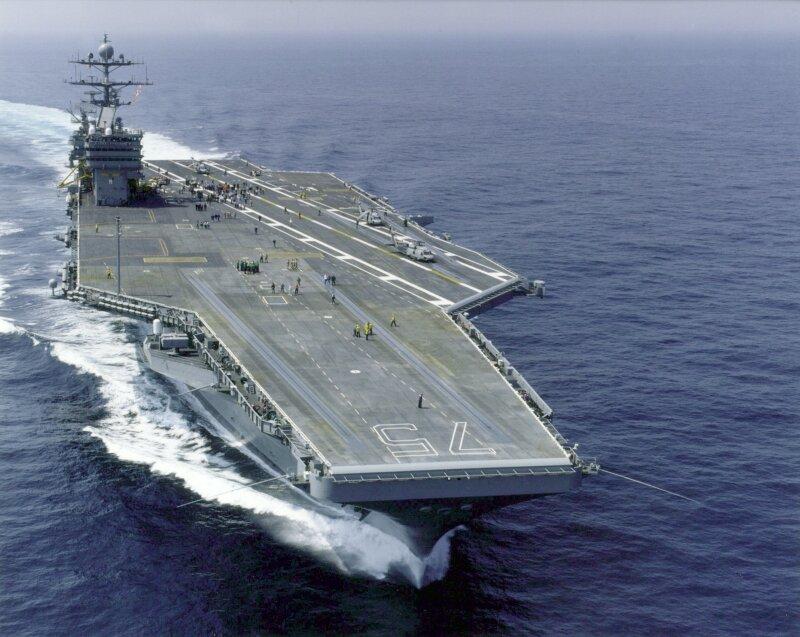 ایران کا داغا گیا راکٹ امریکی طیارہ بردار جہاز کے قریب جا گرا