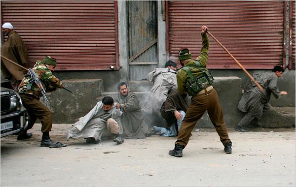 مقبوضہ کشمیر۔۔۔۔۔ ریاستی دہشت گردی کے کئی روپ