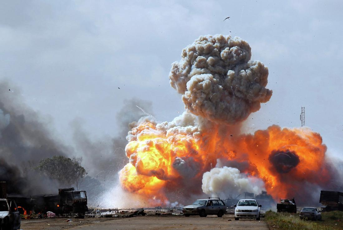 لیبیا پر حملہ کیوں کیا گیا؟ خفیہ ای میلز میں حیران کن انکشاف