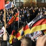 یورپ میں اسلام مخالف مظاہرے زور پکڑ گئے، حامی بھی میدان میں