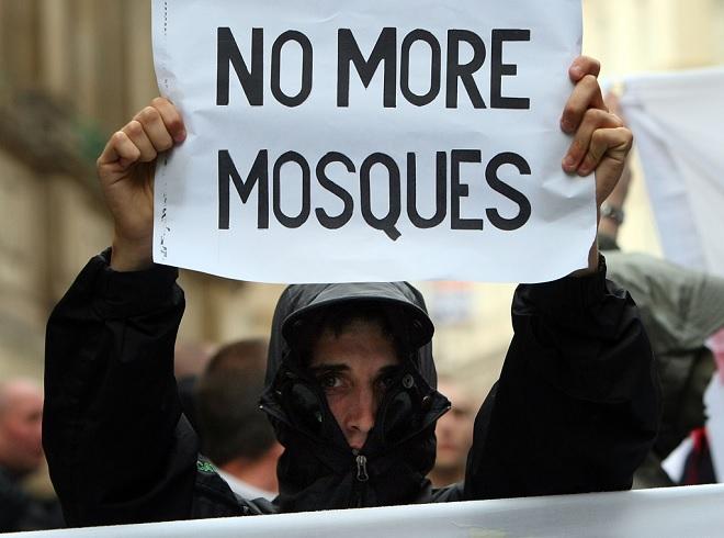 برطانیہ، اسلاموفوبیا کو کھلی چھوٹ دینے والی