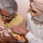 حیران کن: 72 سالہ عورت نے اپنے پہلے بچے کو جنم دے دیا