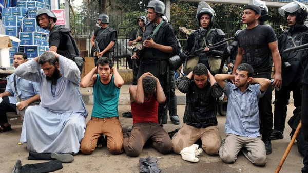 مصر میں انسانی حقوق کی بدترین خلاف ورزیاں، ایمینسٹی کی چشم کشا رپورٹ