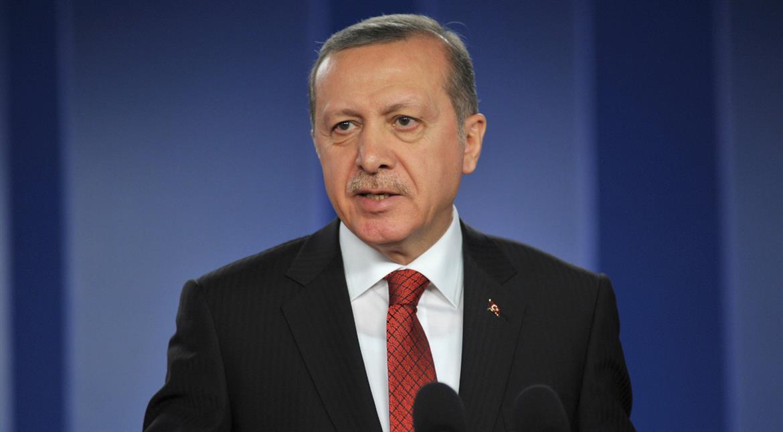 رجب طیب اردوغان کی نظم جسے سن کر عوام آبدیدہ