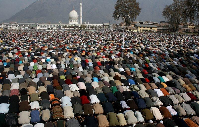 تاریخِ کشمیر کی پہلی سوگوار عید