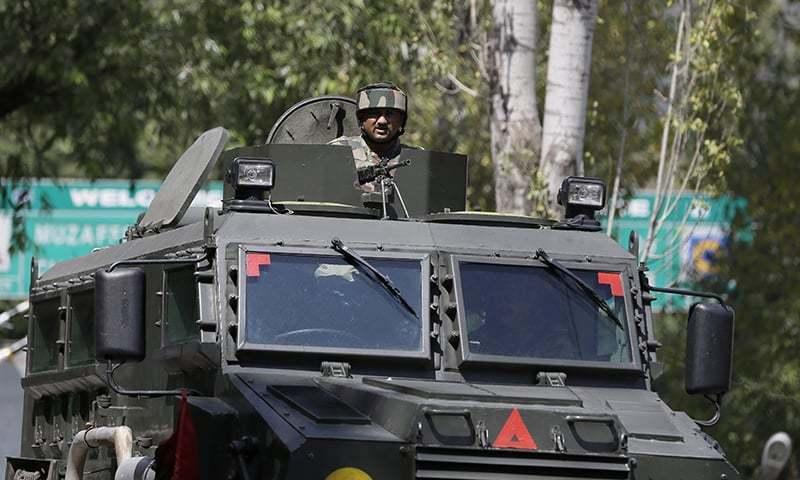 مقبوضہ کشمیر: بارہ مولا کے قصبے میں قائم فوجی مرکز پر حملہ، 17 فوجی ہلاک