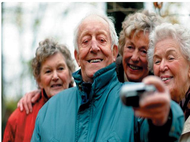بڑھاپے کوخودپرسوارنہ کریں ۔۔صحت مندزندگی اپنائیں
