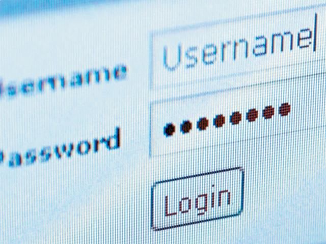 اپنا پاس ورڈ دوسروں کی پہنچ سے دور رکھیں