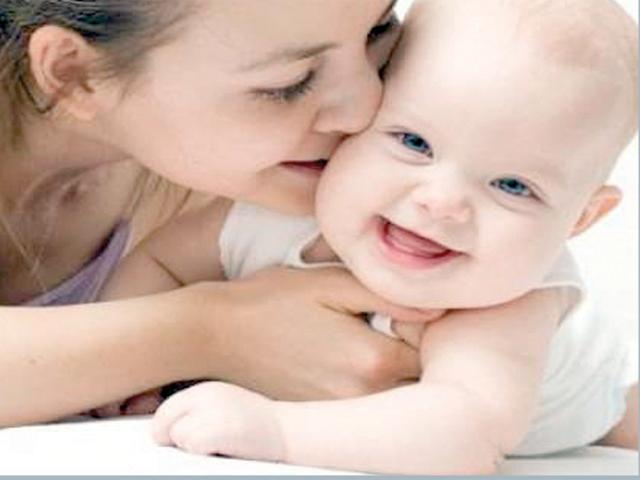 ماں اور بچہ