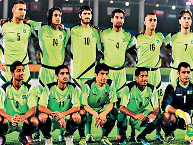 پاکستان میں فٹبال کو دوبارہ منظم کرنا ترجیح ہے، برازیلی کوچ