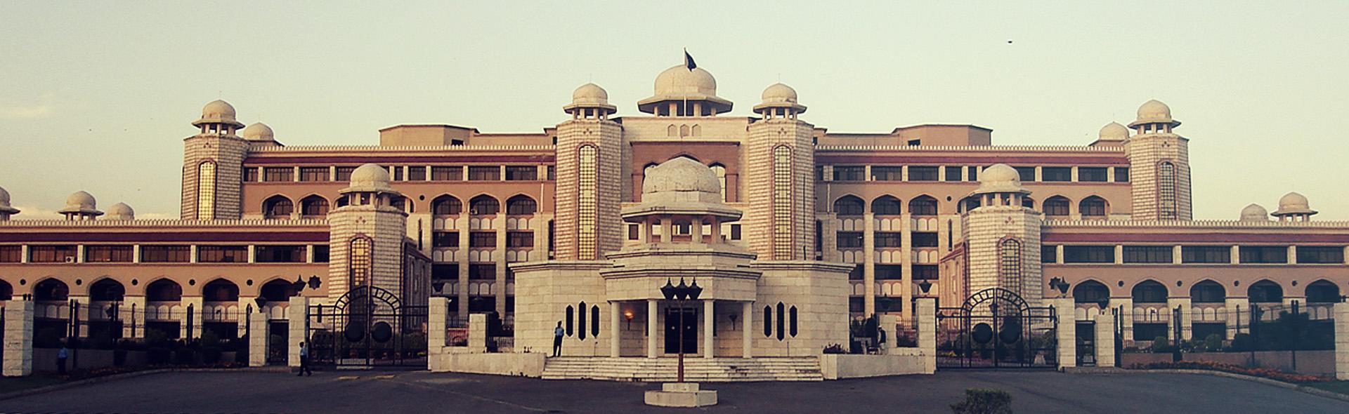 وزیر اعظم ہاؤس ، اسٹیٹ گیسٹ ہاؤس اور قصر ناز کو کمرشل کرنے کی تجاویز تیار