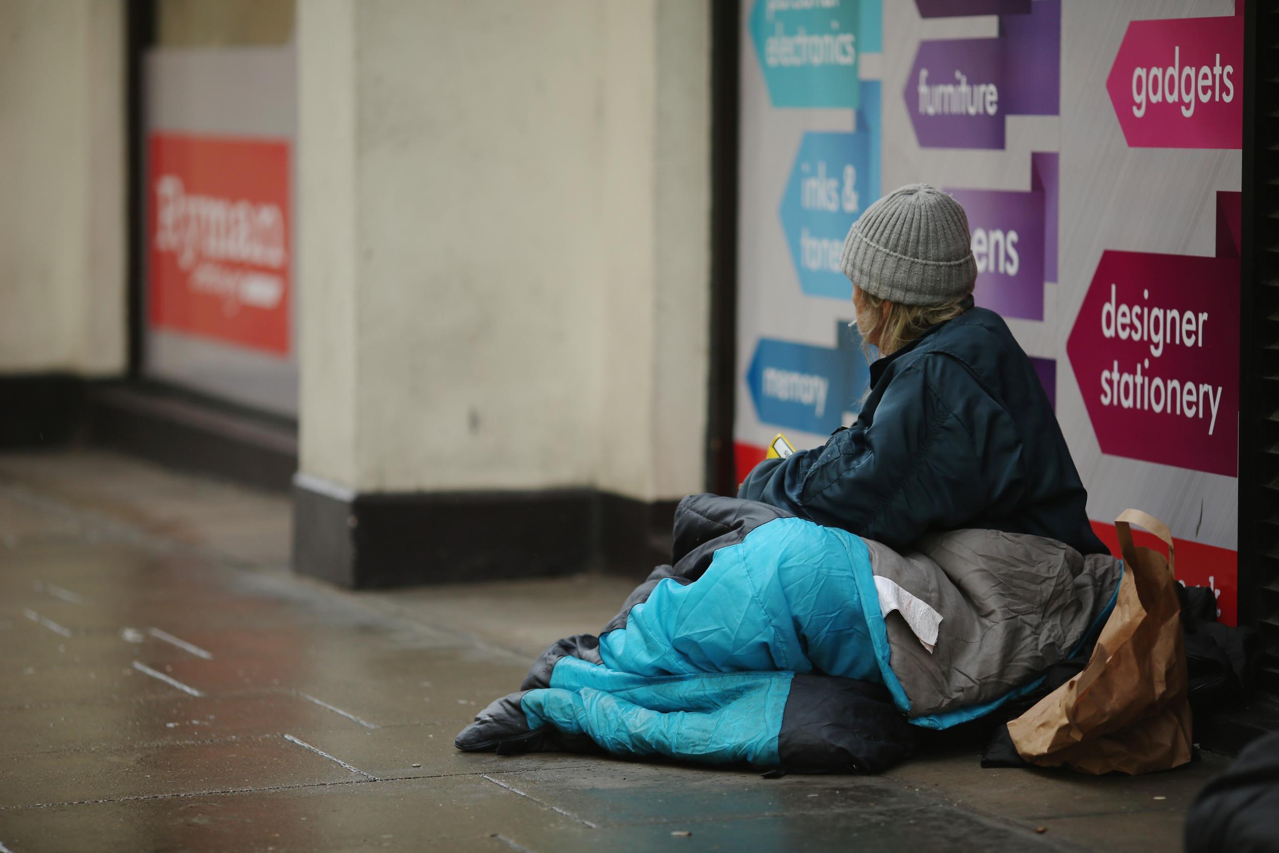 برطانیہ،سابق فوجی سمیت 450 بے گھر افراد سڑکوں پر دم توڑ گئے