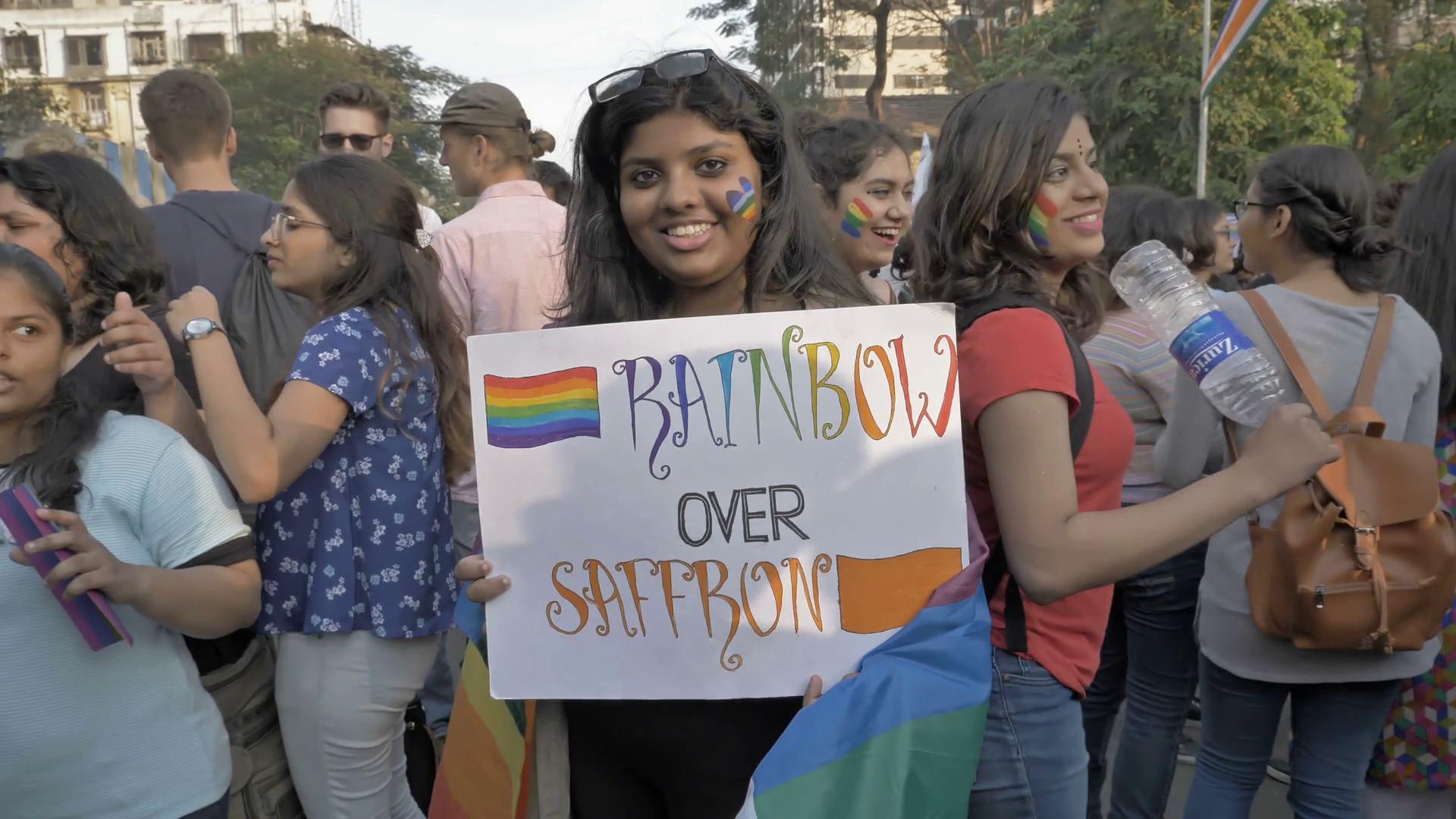 بھارتی ہم جنس پرست خواتین کو ماں باپ کا ڈر ، پولیس سے تحفظ مانگ لیا