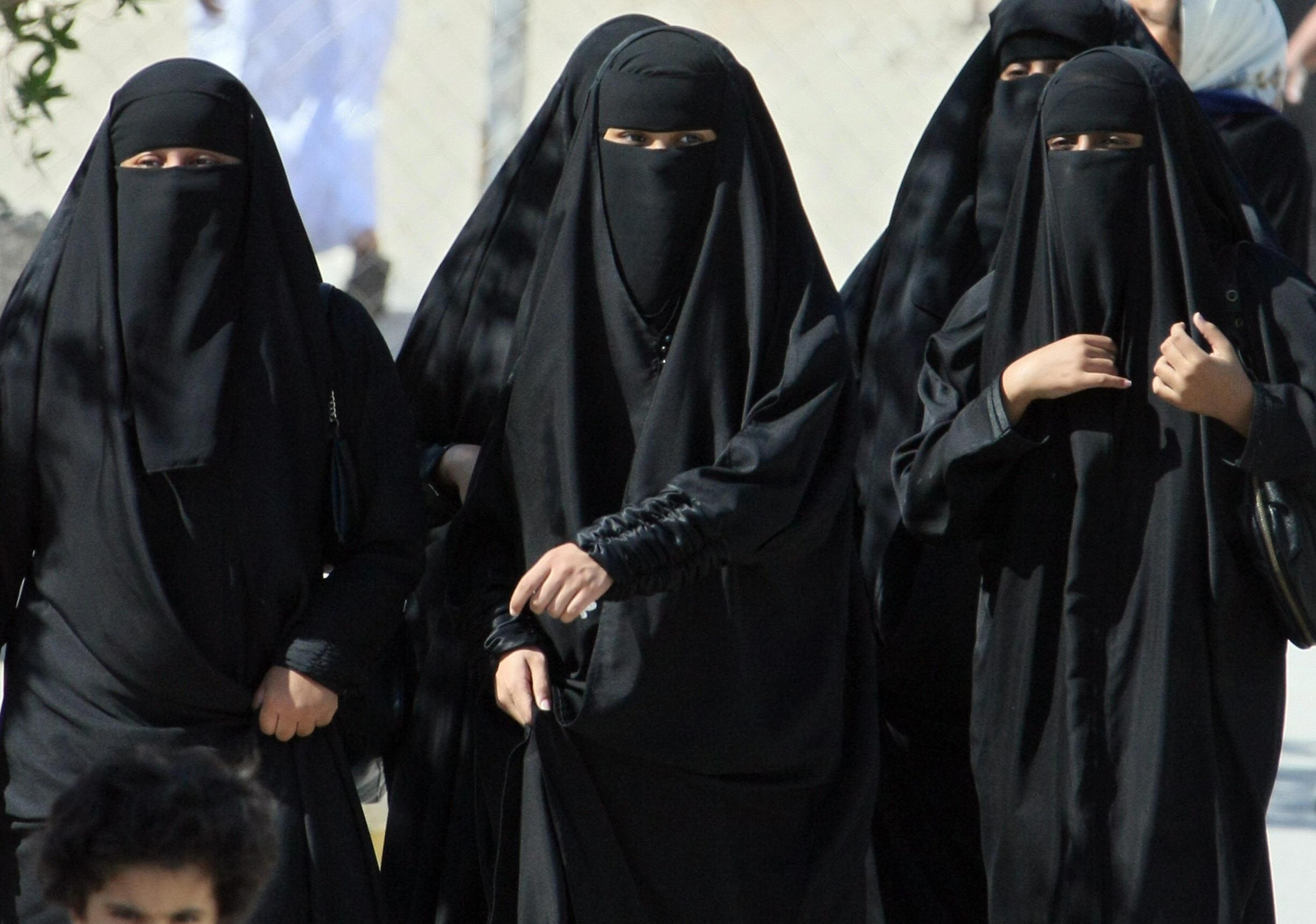 سعودی خواتین مرد کی نافرمانی پر گرفتار ہو سکتی ہیں