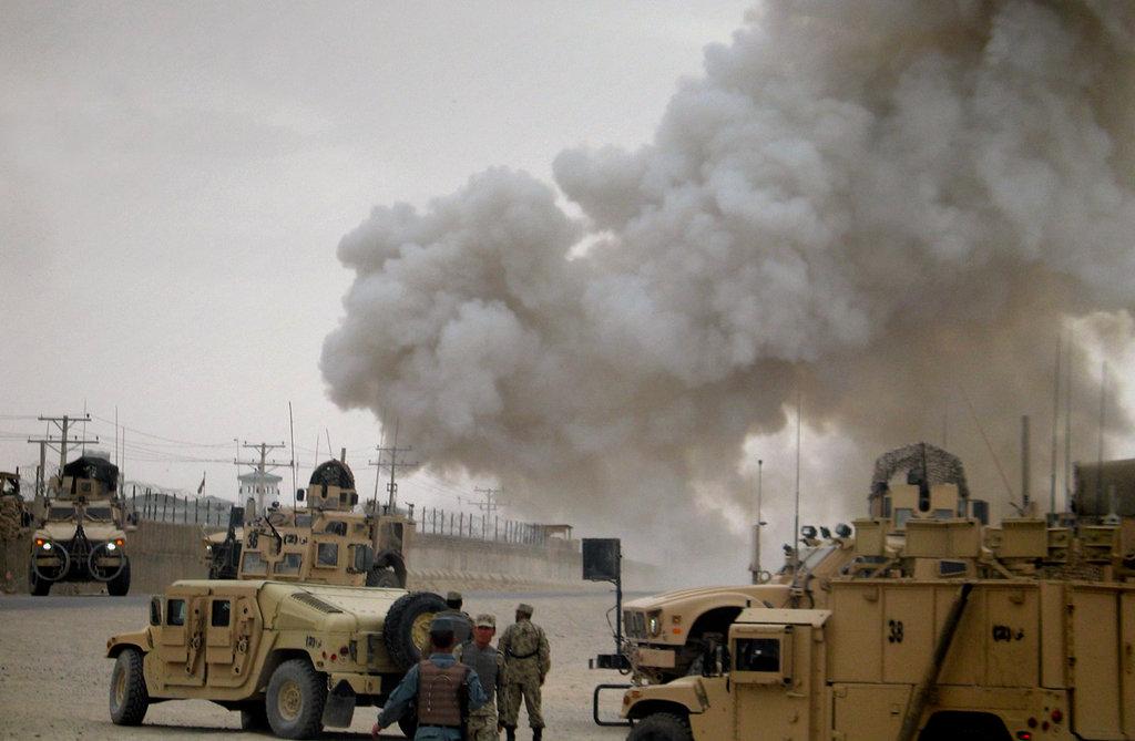 افغانستان،طالبان کا تیل کے چھوٹے کنویں پر حملہ، کم از کم 20 سیکیورٹی اہلکار ہلاک