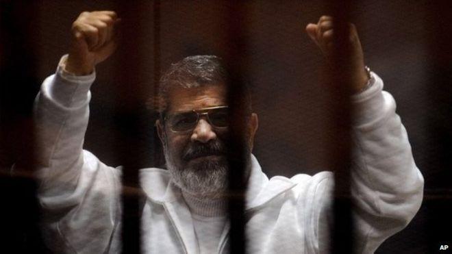 مصر کے سابق صدر محمد مرسی سپردِ خاک، اخوان المسلمون نے موت قتل قرار دیدی