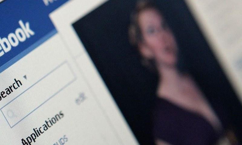 فیس بک پر ماہانہ 5 لاکھ فحش ویڈیوز و تصاویر اپ لوڈ ہونے کا انکشاف