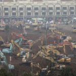 چین میں ہسپتال تعمیر کرنے والی مشینوں کو ہیروز کا درجہ مل گیا