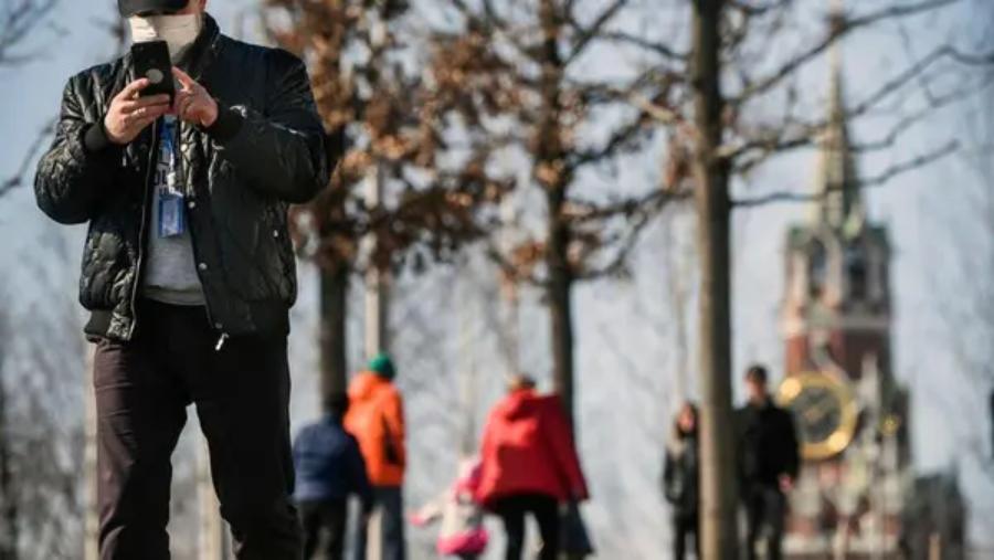 کرونا وائرس کی ماسکو پر یلغار، دارالحکومت سے لوگوں کی نقل مکانی
