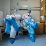 کورونا وائرس سے دنیا بھر میں طبی آلات کی قلت ،طبی عملہ بھی کم پڑ گیا