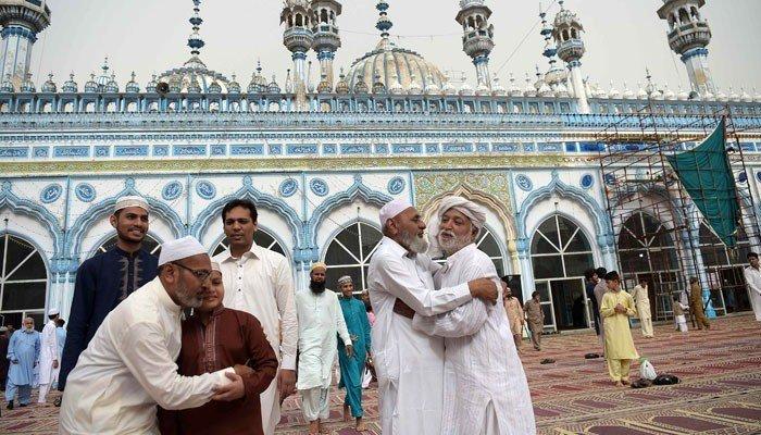 پاکستان میں آج عیدالفطر منائی جارہی ہے