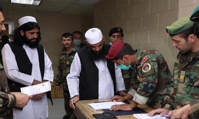طالبان نے افغانستان میں مزید 40 سیکیورٹی فورسز کے اہلکاروں کو قید سے رہا کردیا