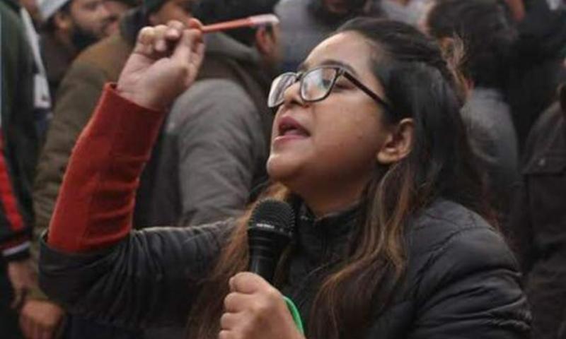 ایمنسٹی کا بھارت سے گرفتار حاملہ اسکالر کی رہائی کا مطالبہ