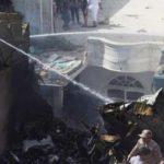 تاریخ میں پہلی بار کراچی میں بڑا فضائی حادثہ، 90 مسافر ، عملے کے 8 ارکان سوار تھے