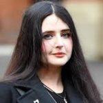 مس ہٹلر مقابلہ حسن میں حصہ لینے پر برطانوی خاتون کو تین برس قید کی سزا