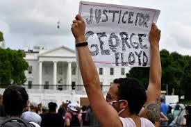 امریکا، کرفیو کے باوجود سیاہ فام شخص کے قتل کے خلاف احتجاج