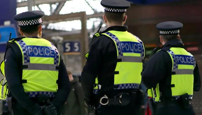 لندن میں پولیس اہلکاروں کا سیاہ فام شخص پر تشدد،ویڈیووائرل
