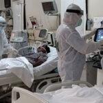 کراچی کے اسپتالوں میں کورونا مریضوں کیلئے جگہ کم پڑنے لگی
