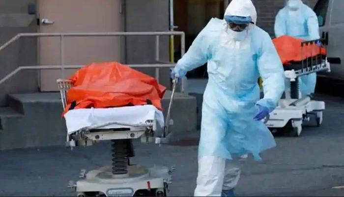 امریکا میں کورونا سے ہر 3 منٹ میں 4 اموات ہونے لگیں