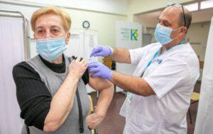 اسرائیل دنیا میں کووِڈ19کی ویکسین لگانے میں سب سے آگے