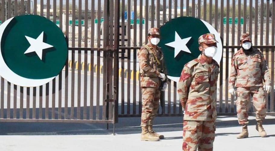 پاکستان کا ایران اور افغانستان کی سرحدیں بند کرنے کا فیصلہ