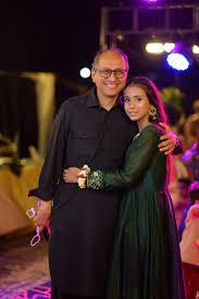 وزیراطلاعات سندھ سعید غنی ڈینگی میں مبتلا، بیٹی نے دعاؤں کی اپیل کردی