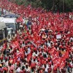 کسانوں نے ایک بار پھر پورے بھارت کو بند کردیا