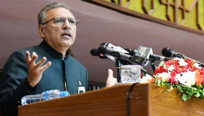پاکستان نے دہشت گردی کا بہت بہادری سے مقابلہ کیا، عارف علوی